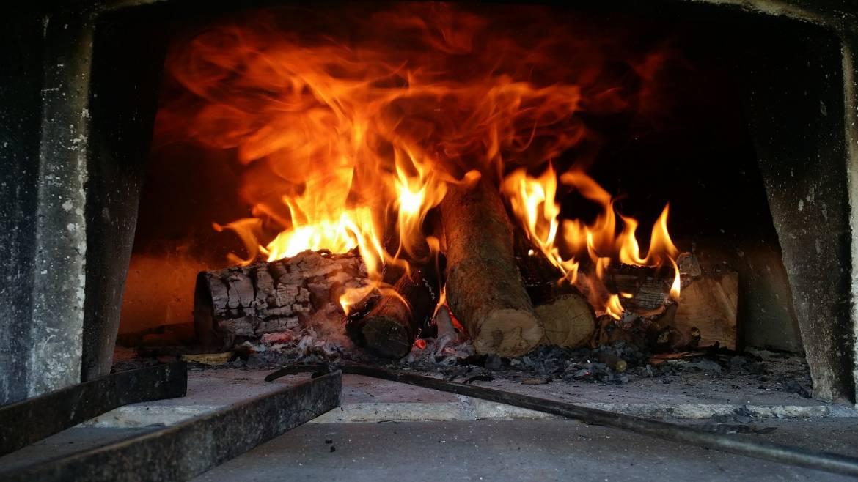 wood-fired-oven-1960099_1920.jpg
