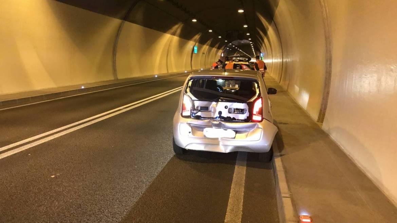 Verkehrsunfall im Tunnel