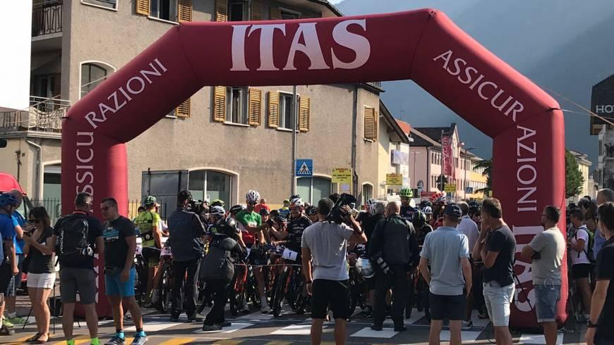 """Ordnungsdienst beim Radrennen """"Vecia Ferovia"""""""